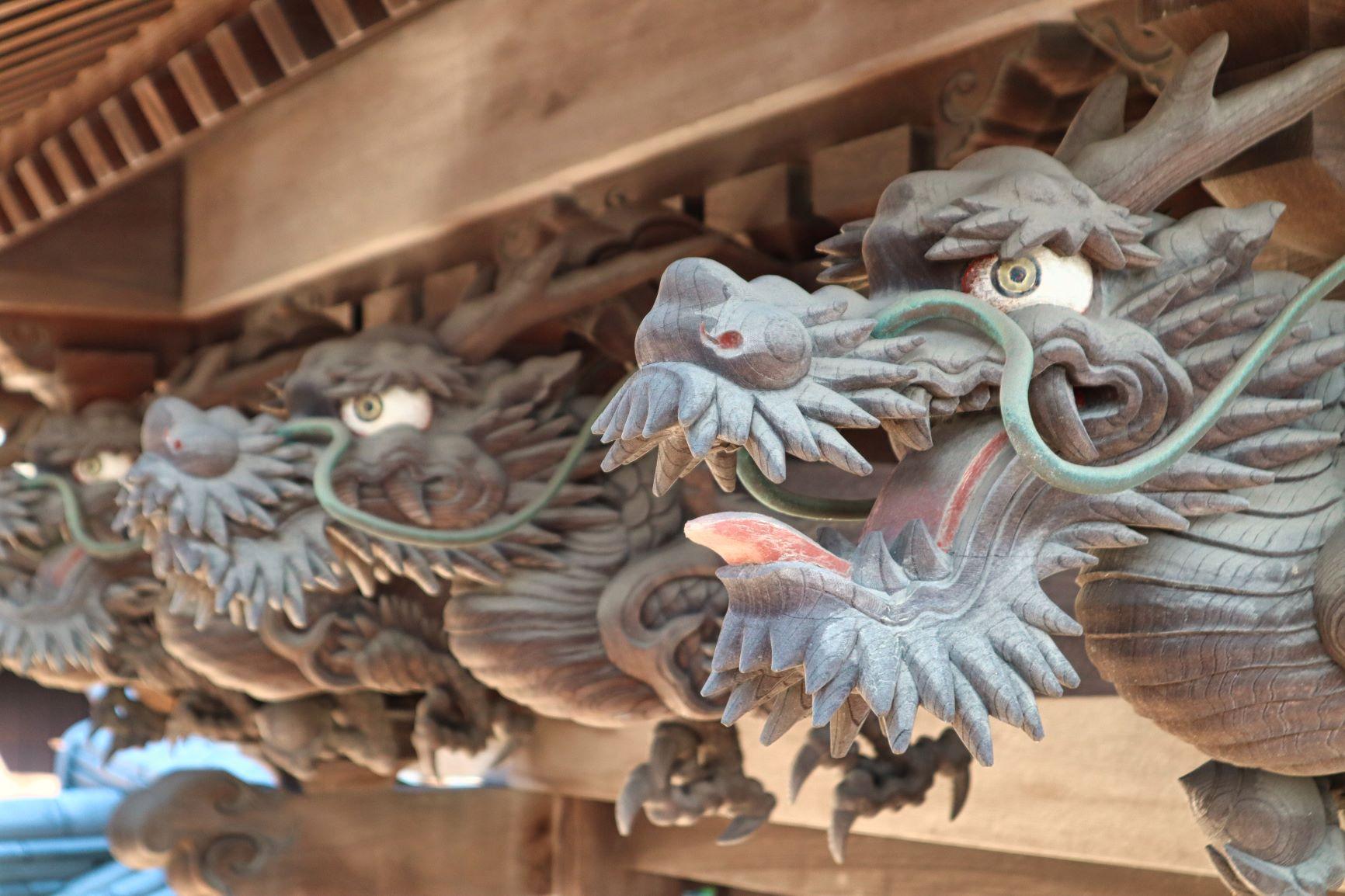 圓通寺の彫り物